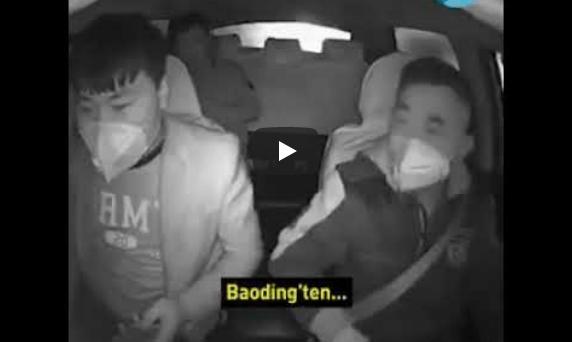 Photo of Çin'de taksi şoförü koronavirusten şüphelendiği yolcusunu araçtan indirdi